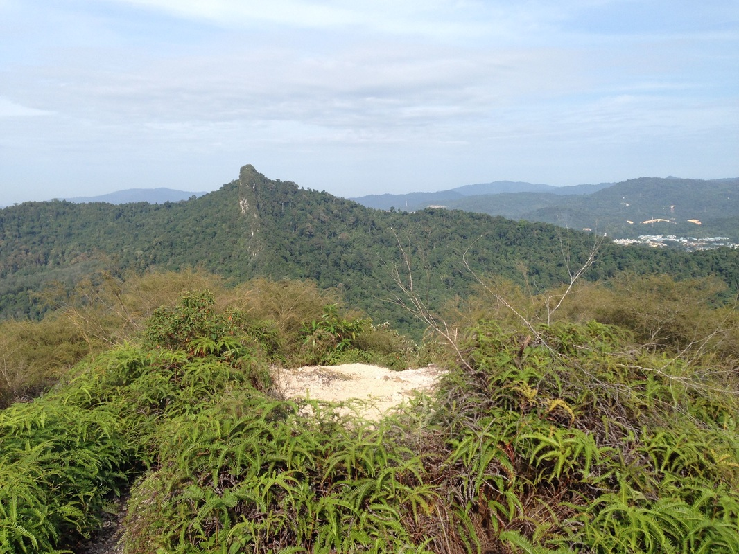Tabur West as seen from Tabur East